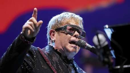"""Elton John performs onstage during his """"Farewell"""