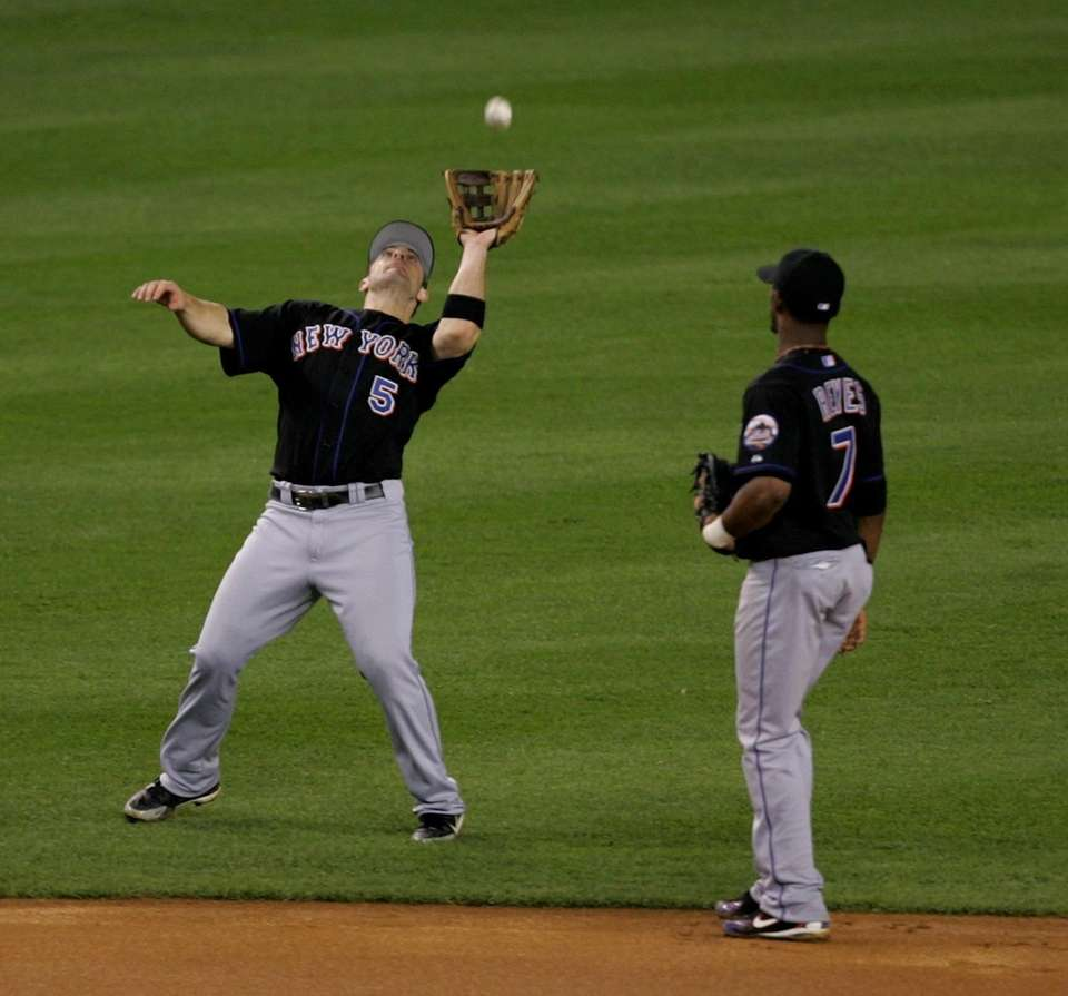 Mets third baseman David Wright catches the Yankees'