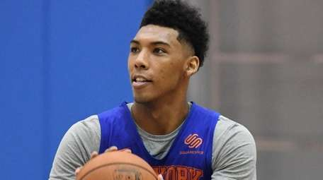 Knicks guard Allonzo Trier looks to shoot during