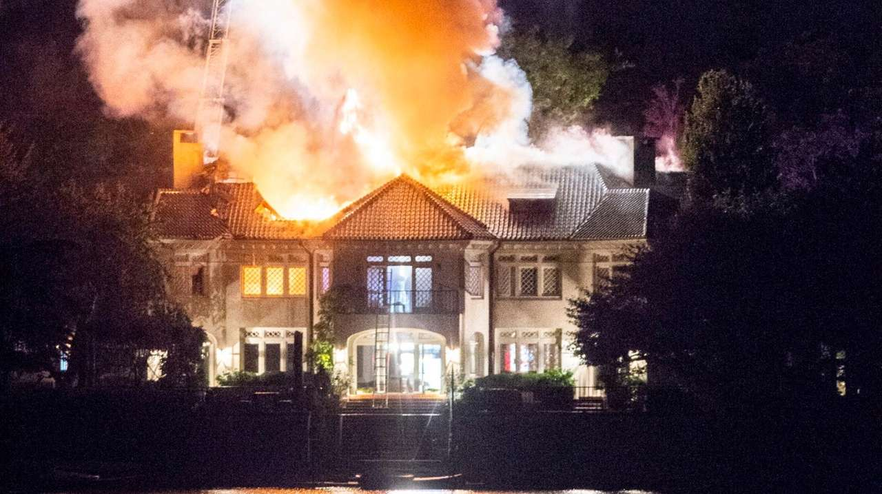 cause of fire at ron perelman u0026 39 s east hampton village