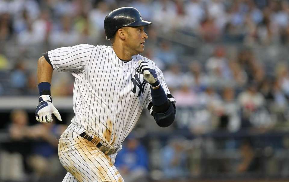 Derek Jeter #2 of the New York Yankees