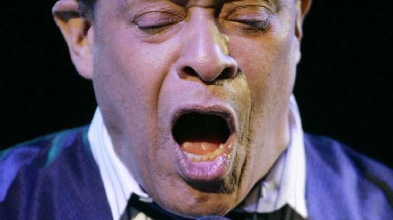 Al Jarreau, seven-time Grammy Award winner, performs at