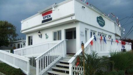 Mahon's Seafood Shack in Amagansett