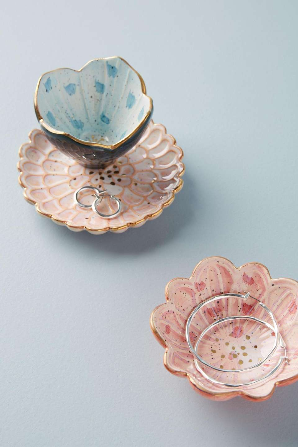 This bloom-inspired trinket dish brings the garden indoors.