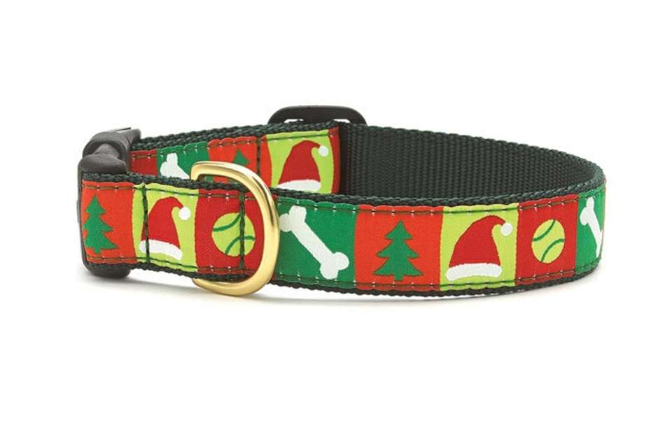 Have Fido feeling festive in this holiday-themed collar.