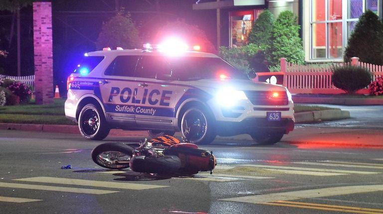 Motorcyclist dies in Centereach crash, Suffolk County police