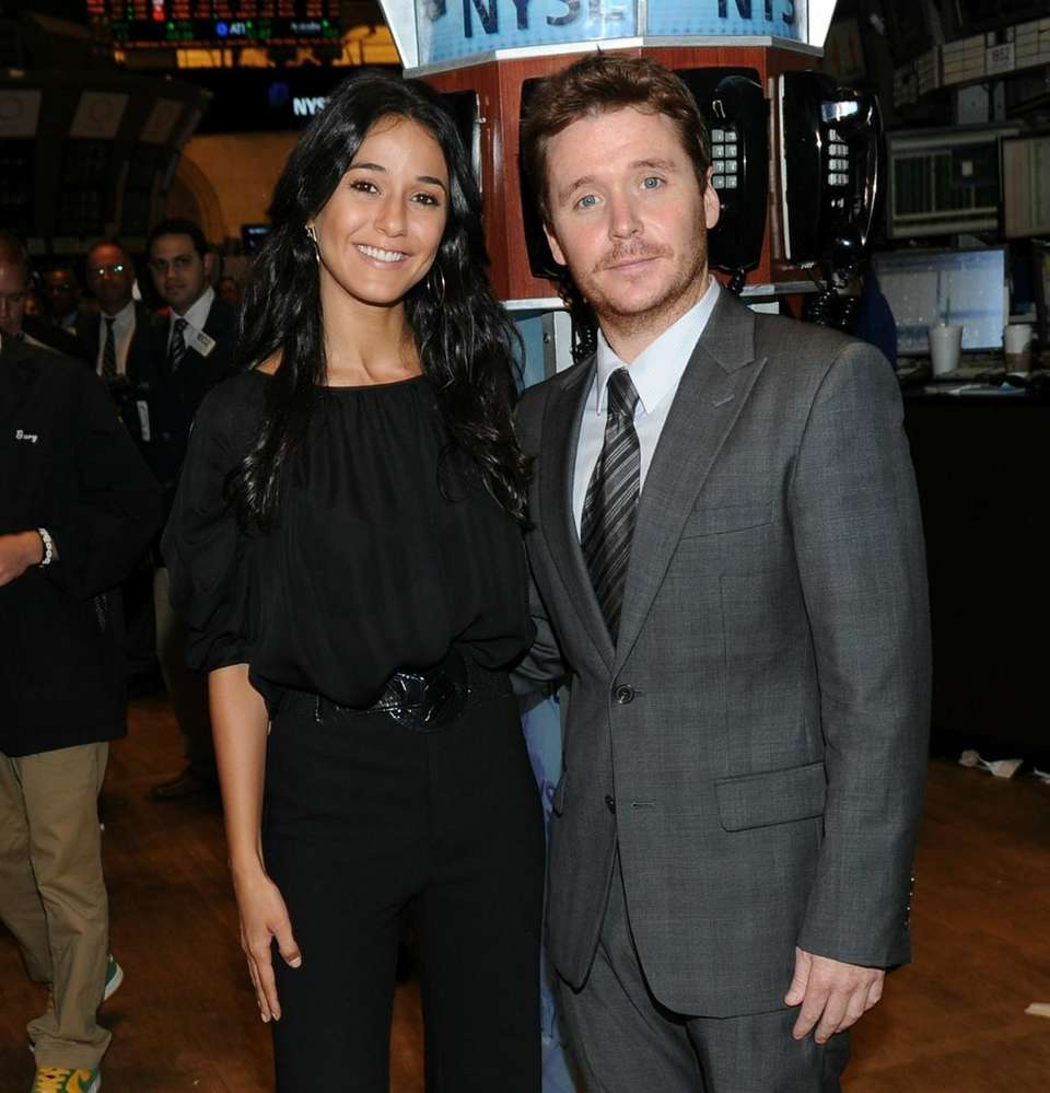"""""""Entourage"""" costars Emmanuelle Chriqui and Kevin Connolly ring"""