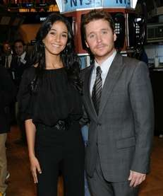 quot;Entouragequot; costars Emmanuelle Chriqui and Kevin Connolly ring