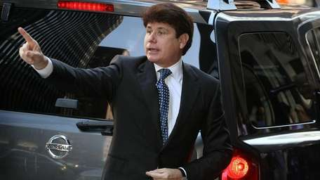 Ex-Illinois Gov. Rod Blagojevich arrives at court in