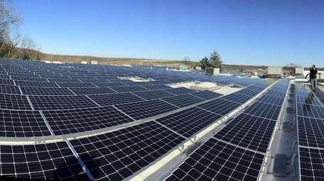A total of 825 solar panels on the