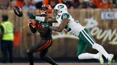 Jets cornerback Trumaine Johnson, breaking up a pass