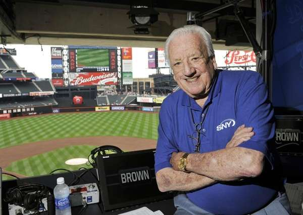 SNY broadcaster Ralph Kiner in the broadcast booth