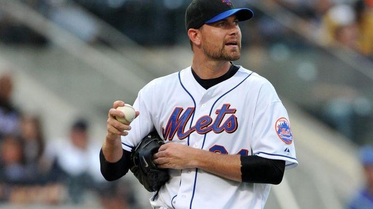 New York Mets starting pitcher Mike Pelfrey (34)