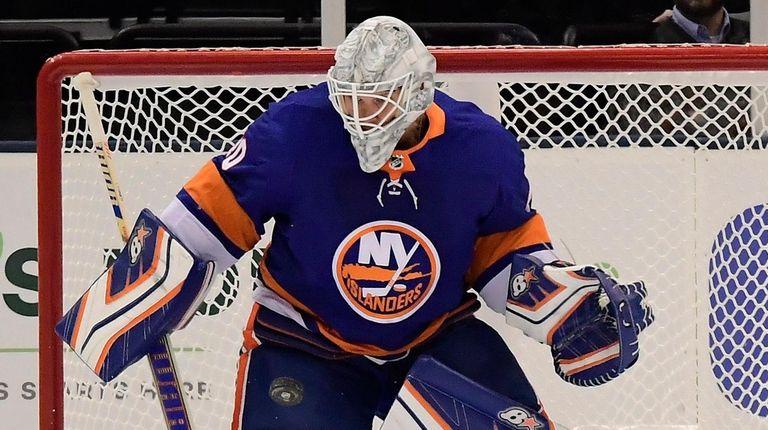 Islanders goalie Robin Lehner will make his first