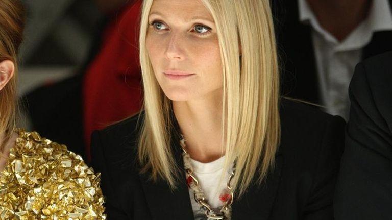 LONDON, ENGLAND - SEPTEMBER 22: Gwyneth Paltrow dressed