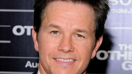 Actor Mark Wahlberg attends the premiere of