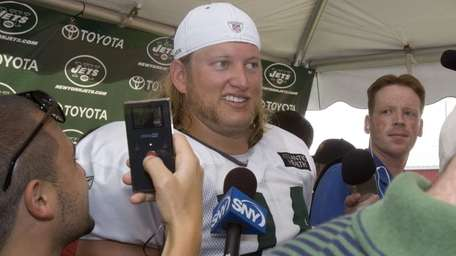 Center Nick Mangold asks reporters if they have