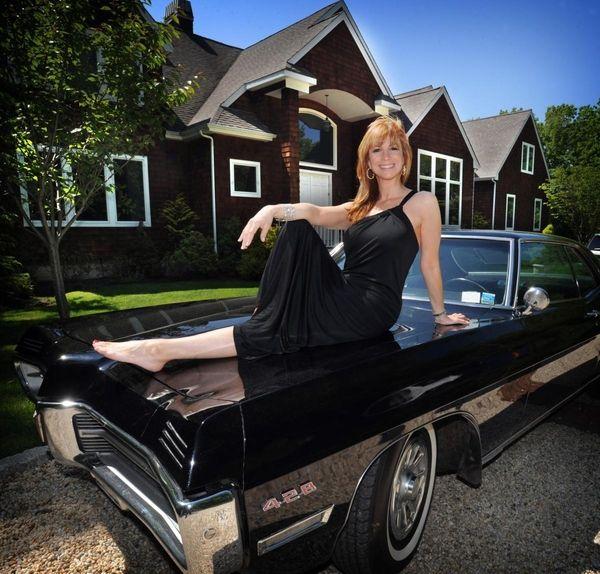 Portrait of Jill Zarin, one of the stars