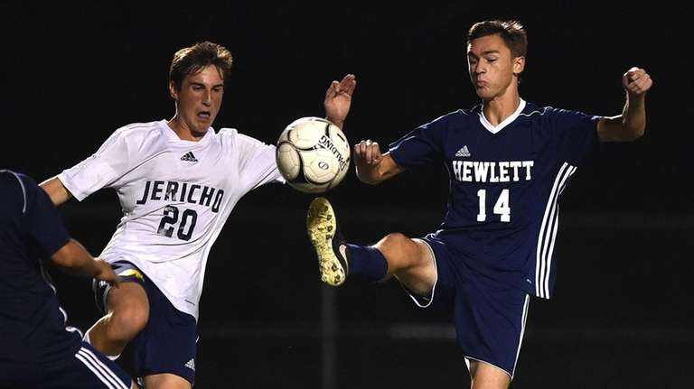 David Abikzer #14 of Hewlett, right, and Jeffrey