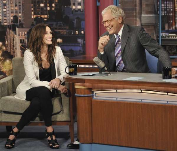 Actress Julia Roberts joins Late Show host David
