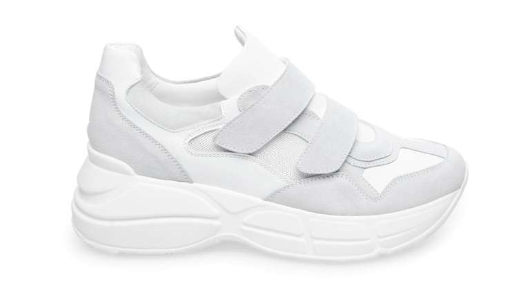 FOR THE PURISTS: Steve Madden's Maze sneaker for