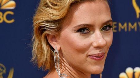 Scarlett Johansson attends the 70th Emmy Awards at