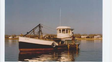 The original Ida May dredges near Oyster Bay.