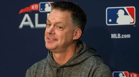Houston Astros manager AJ Hinch answers a question