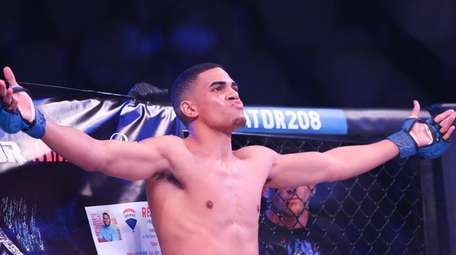 Brentwood-native Andrews Rodriguez prepares to fight Mike Diorio