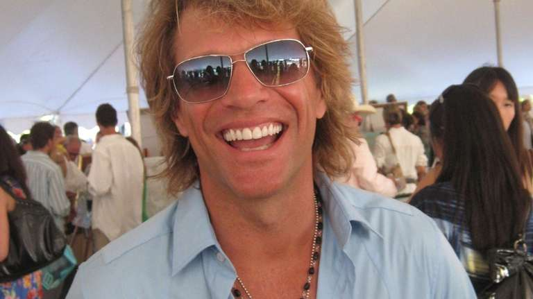 Jon Bon Jovi generously posed for photos with