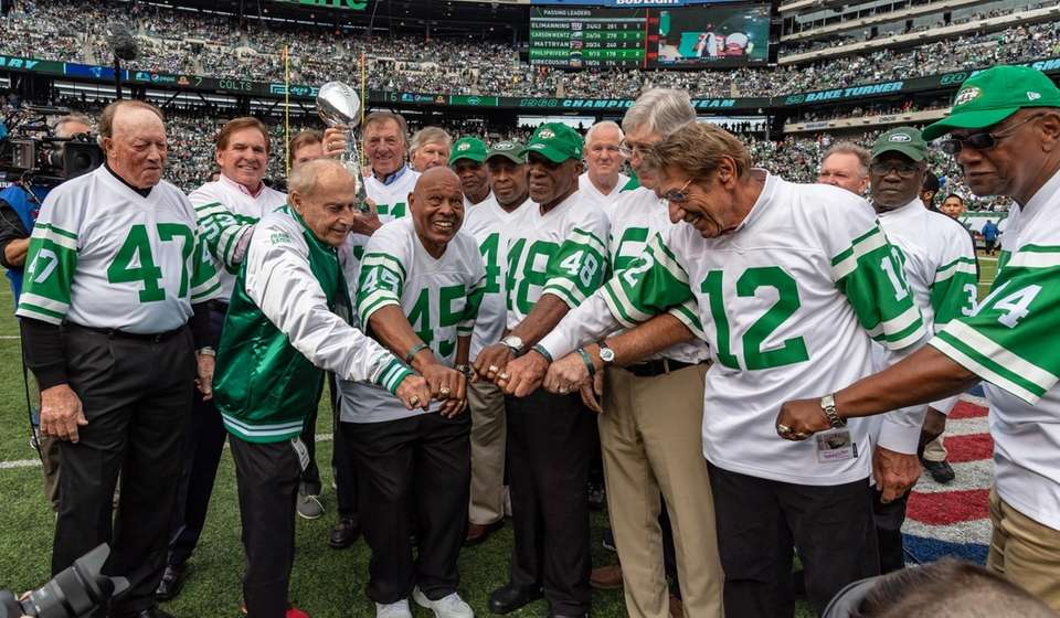 Members of the 1968 Super Bowl Champion Jets