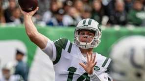Jets rookie Sam Darnold completed 24 of 30