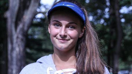 Rachel Arbitman of Hewlett wins the Nassau girls