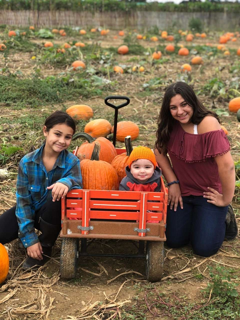 Our lil cousin?s 1st trip pumpkin picking!