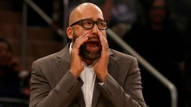 Knicks head coach David Fizdale reacts in the