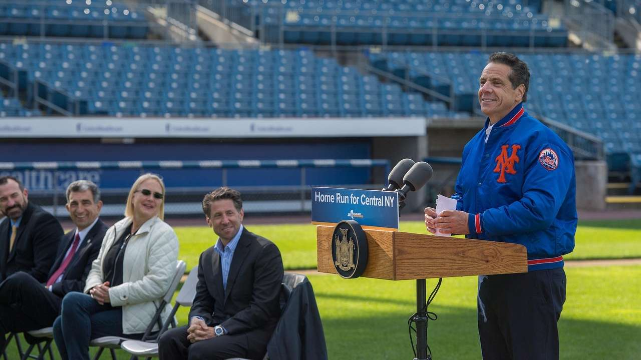 Gov. Andrew M. Cuomo announces the Syracuse Mets