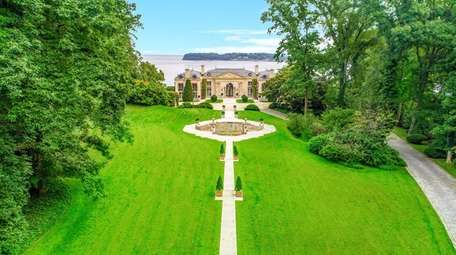 This 26,000-square-foot estate overlooks Manhasset Bay.