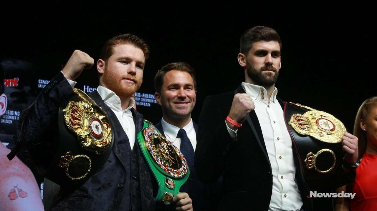 WBA/WBC middleweight champion Canelo Álvarez (50-1-2, 34 KOs) and