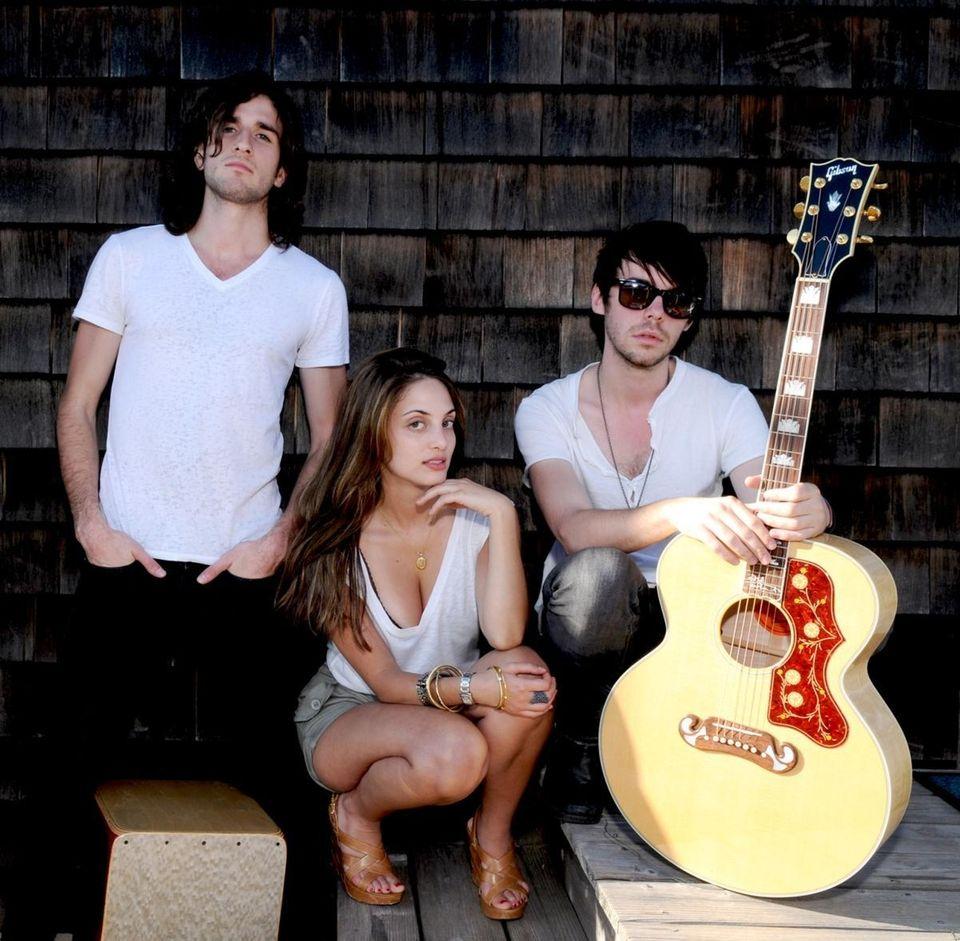 Alexa Ray Joel poses with her band at