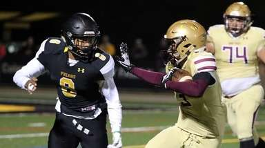 St. Anthony's Jaden Jernigan (9) moves in to