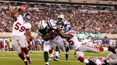 LaDanian Tomlinson #21 of the New York Jets