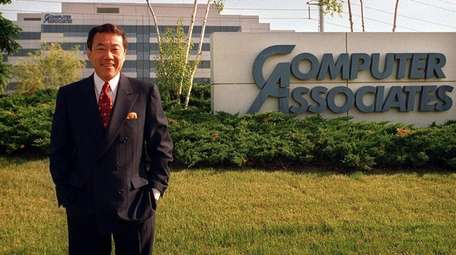 Charles Wang, CEO of Computer Associates, in front