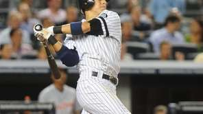 New York Yankees Ramiro Pena knocks RBI triple