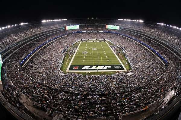 The New Meadowlands Stadium hosts its first football