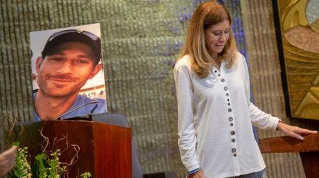 Linda Beigel Schulman, mother of Scott Beigel, speaks