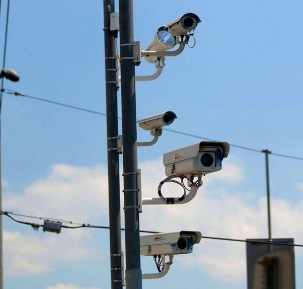 Editorial: Red-light cameras aiding safety | Newsday