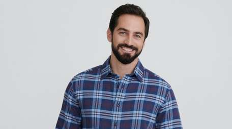 Companies like Untuckit offer perfectly proportioned shirts meant