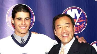 Islanders first-round draft pick Rick DiPietro and team