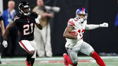 Odell Beckham Jr., right, finds some open space
