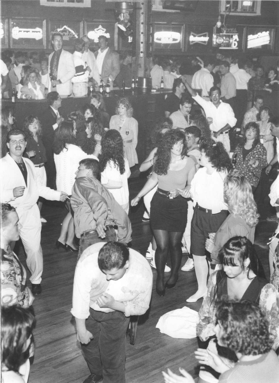 Clubgoers dance at Canoe Place Inn in Hampton